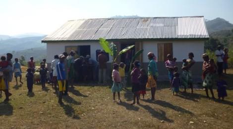 Inaugurazione asili a Vohidahy
